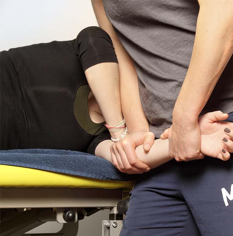 PhysioAktiv: Manuelle Therapie mit ostheopatischen Techniken